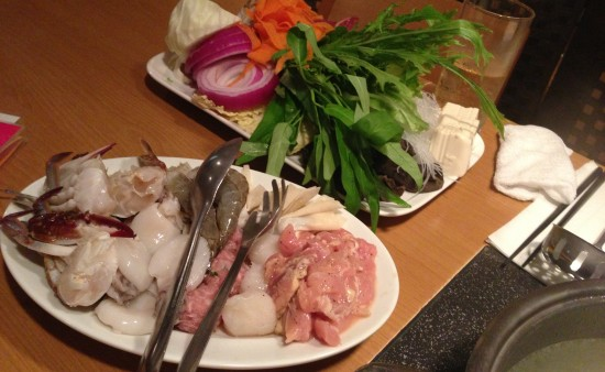 タイスキの海鮮と野菜